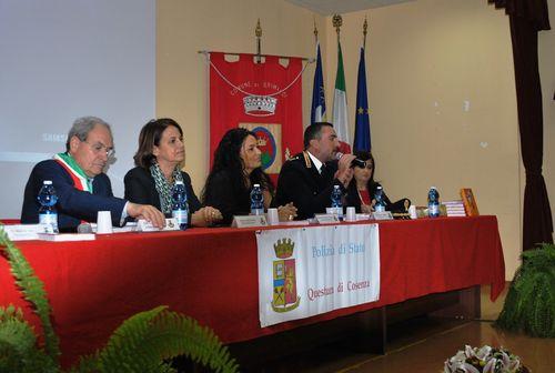 Grimaldi cs convegno incontriamo le istituzioni for Questura di cosenza permesso di soggiorno