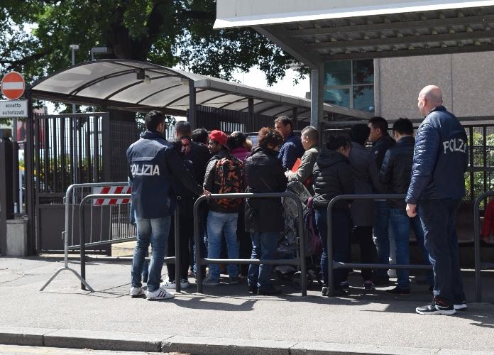 Polizia di stato questure sul web prato for Polizia di stato permesso soggiorno