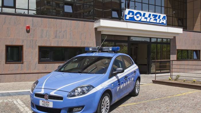 Arrestato pusher dalla Squadra Mobile