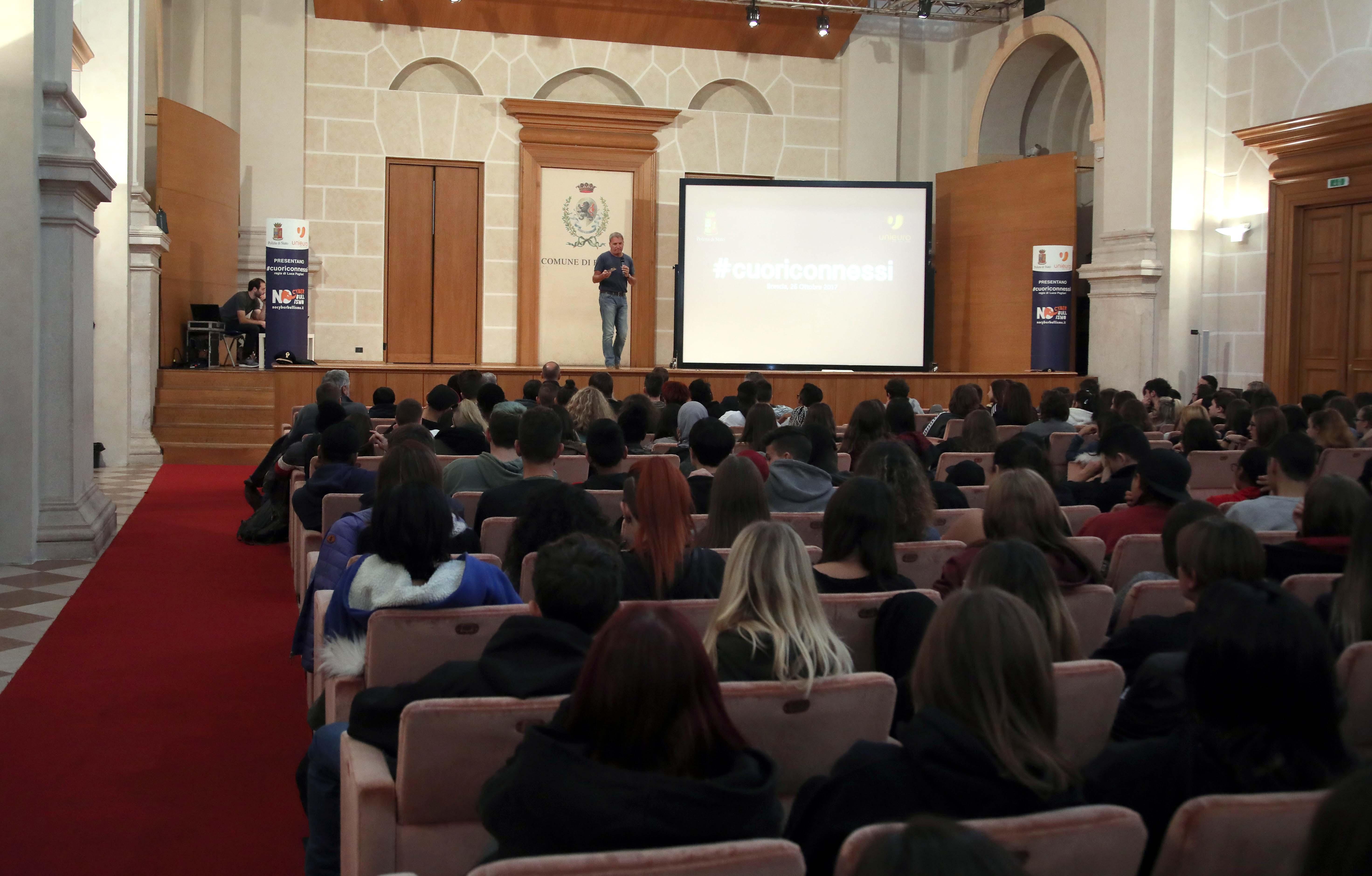 Arriva a Brescia il progetto educativo itinerante contro il ...