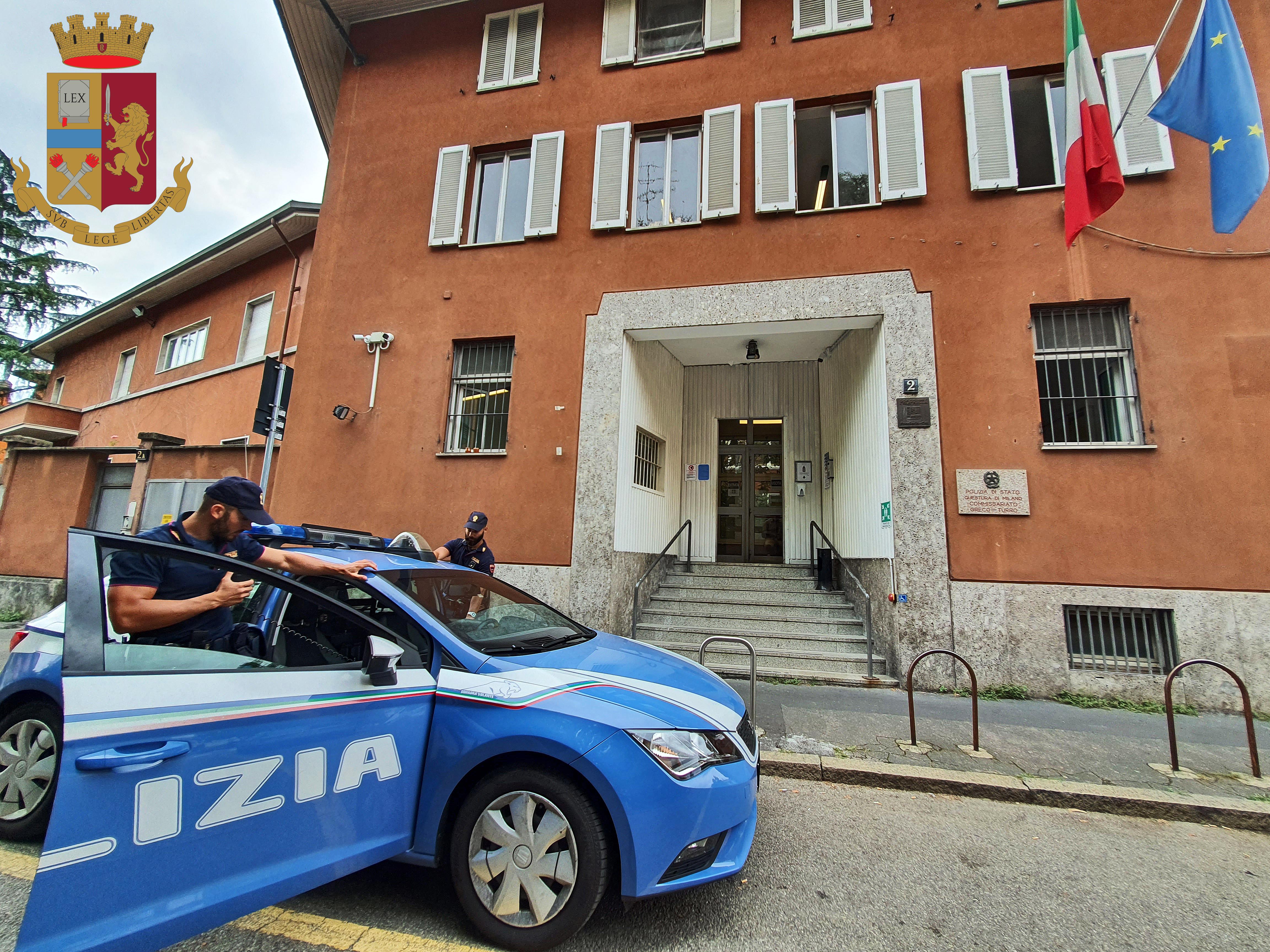 Milano Spaccia In Casa Sotto Sfratto Arrestato Dalla Polizia Di Stato