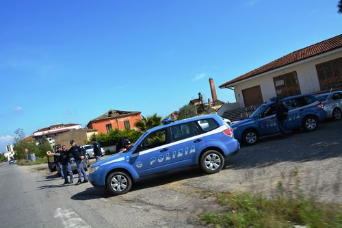 "POLIZIA DI STATO  ""FOCUS 'NDRANGHETA – SAFETY CAR 2""  RINVENUTE 8 AUTOVETTURE RUBATE"