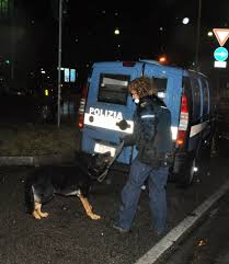 Torino controllo della polizia di stato a san salvario e for Polizia di stato torino permesso di soggiorno