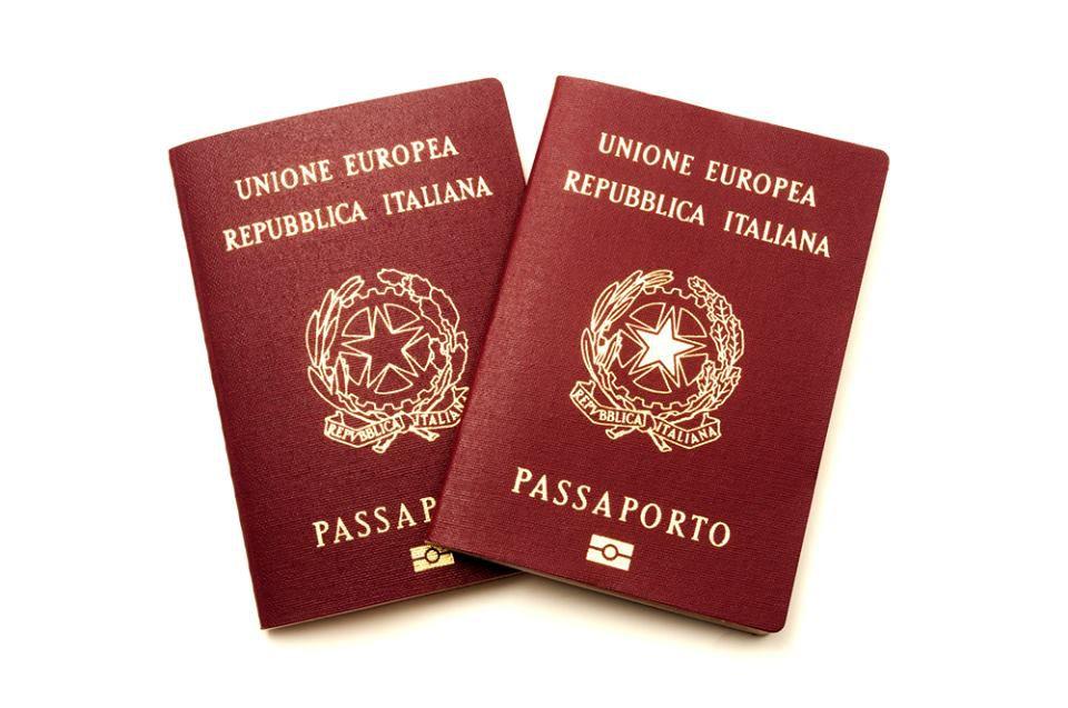 """Ufficio Passaporti. """"Passaporti"""" pronti ad essere ritirati. Elenco ..."""