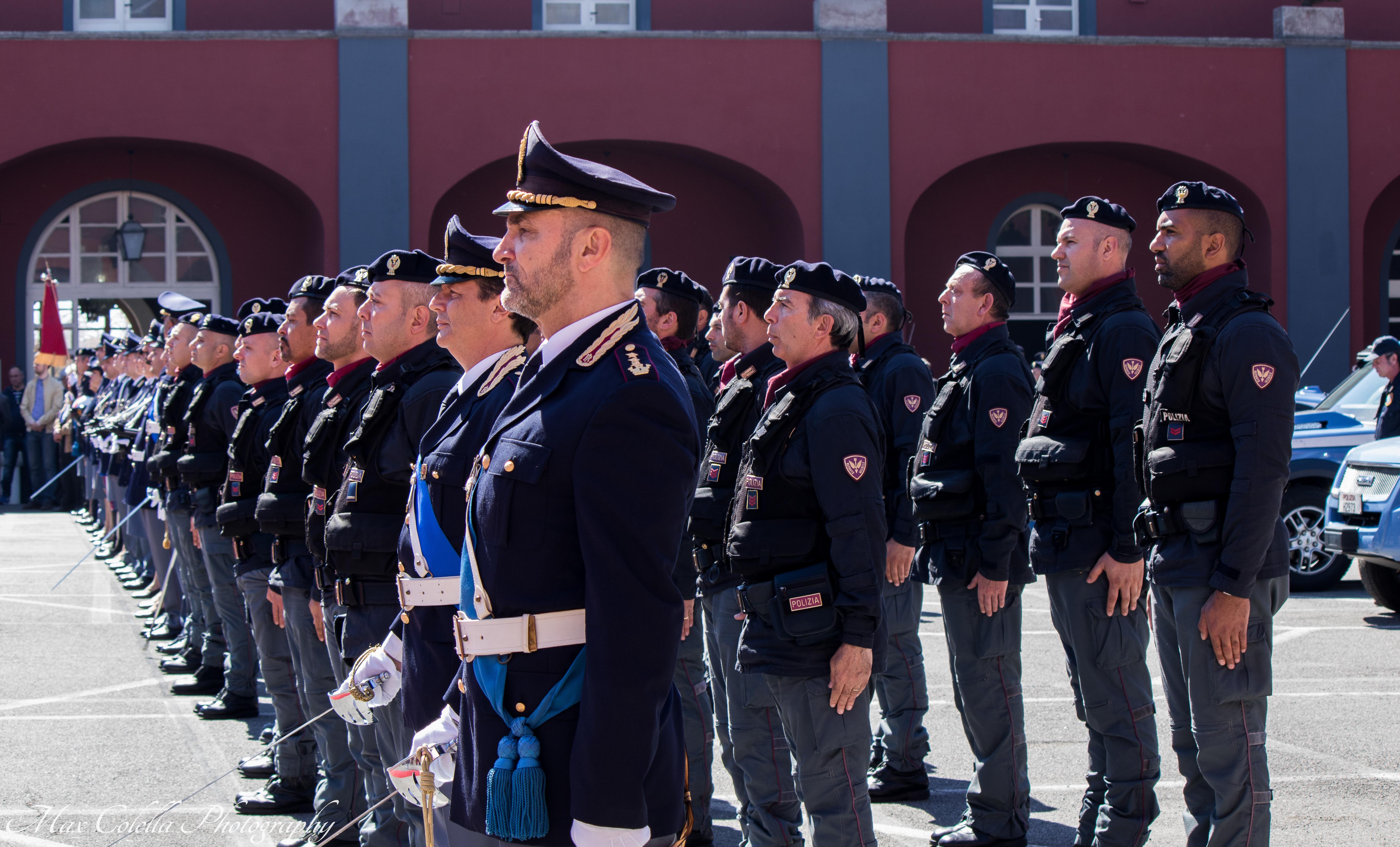94 ritiro permesso di soggiorno napoli napoli scoperti for Polizia stato permesso di soggiorno