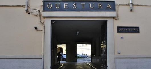 http://questure.poliziadistato.it/statics/11/questura-di-parma.jpg?art=1