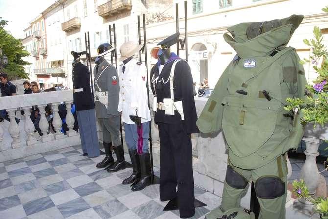 Teatro cavour di imperia 157 anniversario della for Stato di polizia permesso di soggiorno