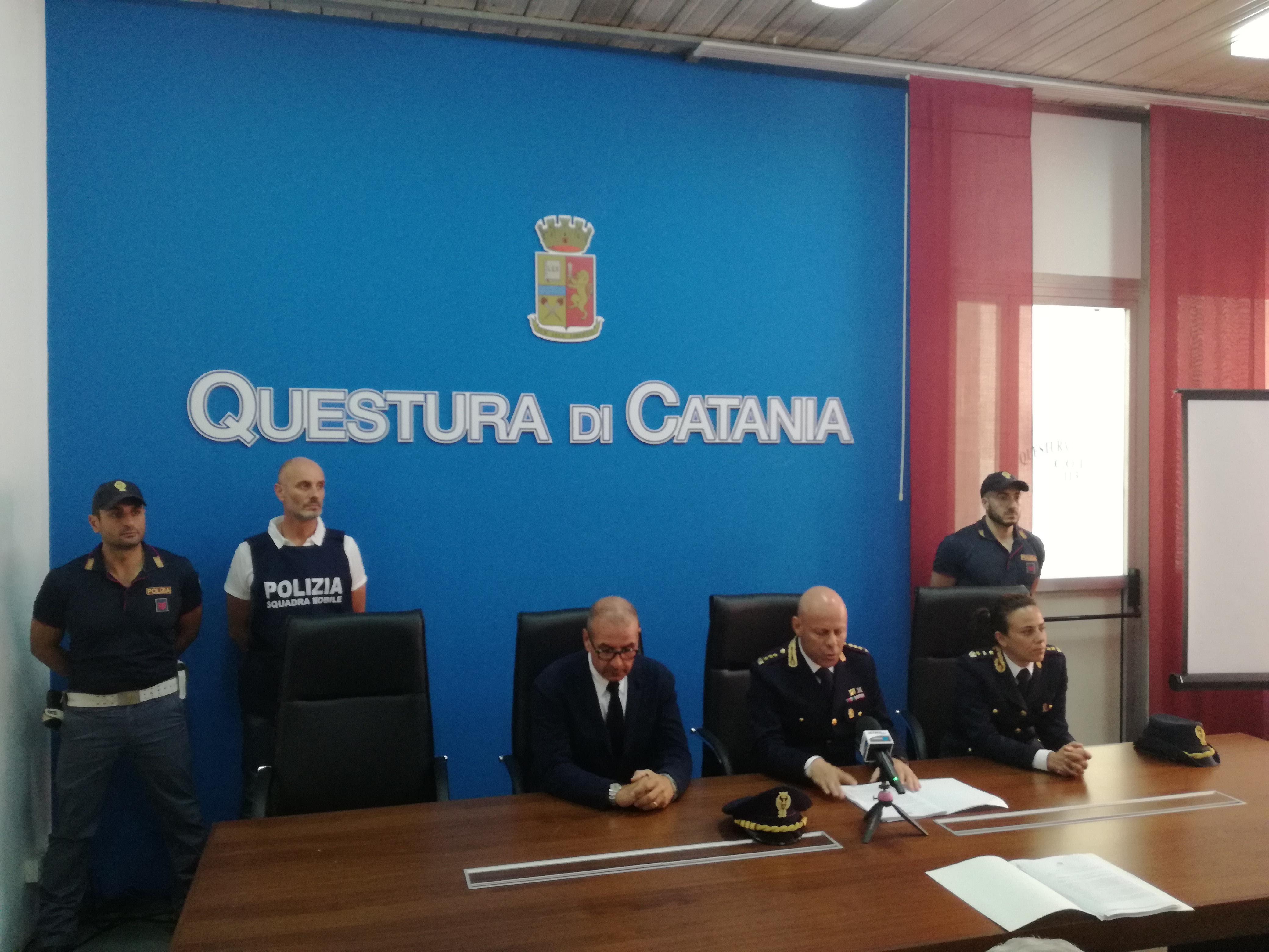 Ufficio Passaporti A Catania : Catania il passaporto si fa online e poi si ritira su
