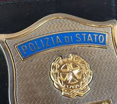 TENTATO FURTO  INTERVIENE LA POLIZIA