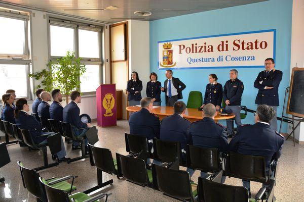 Questure polizia di stato stranieri for Questura di cosenza permesso di soggiorno