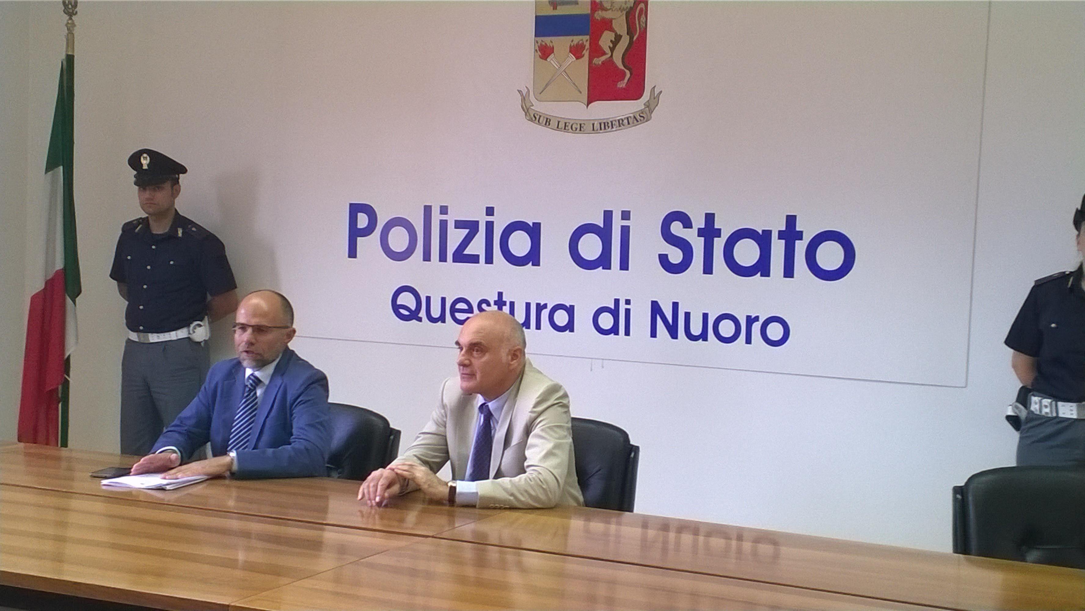 Polizia di stato questure sul web nuoro for Polizia di permesso di soggiorno