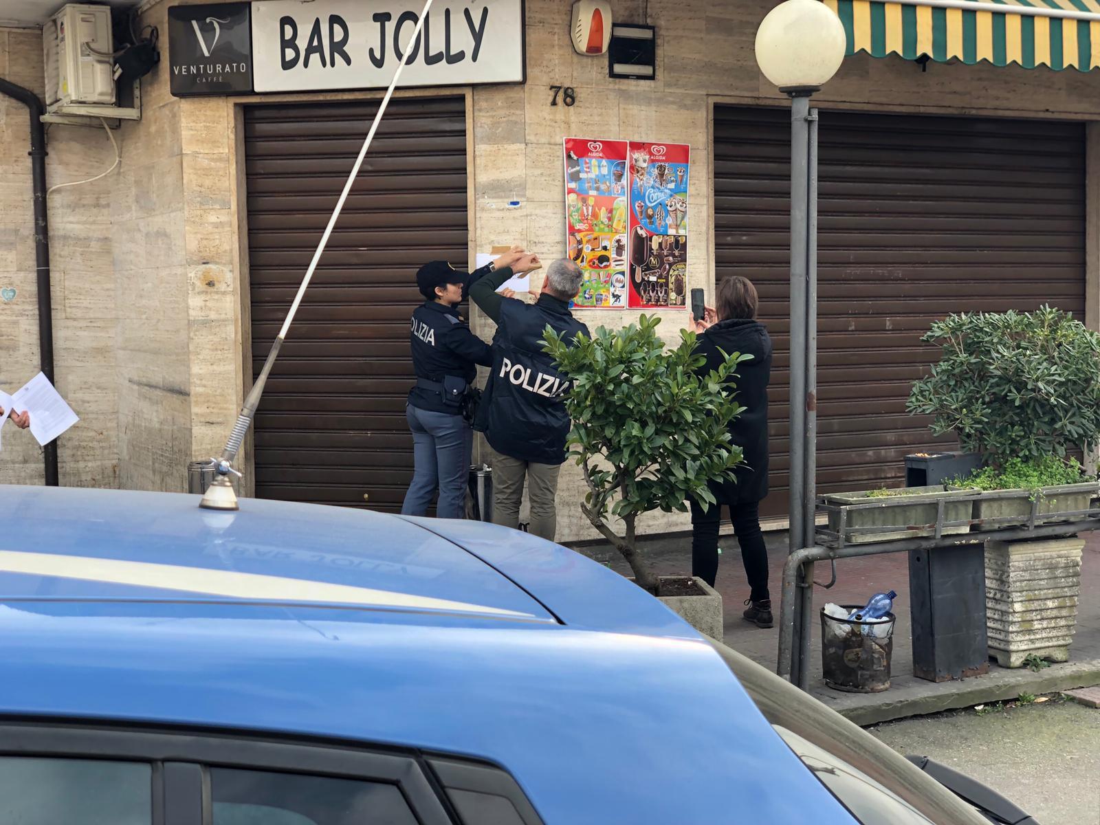 """Il Questore di Padova chiude per 30 giorni il """" Bar Jolly"""" all\'Arcella."""