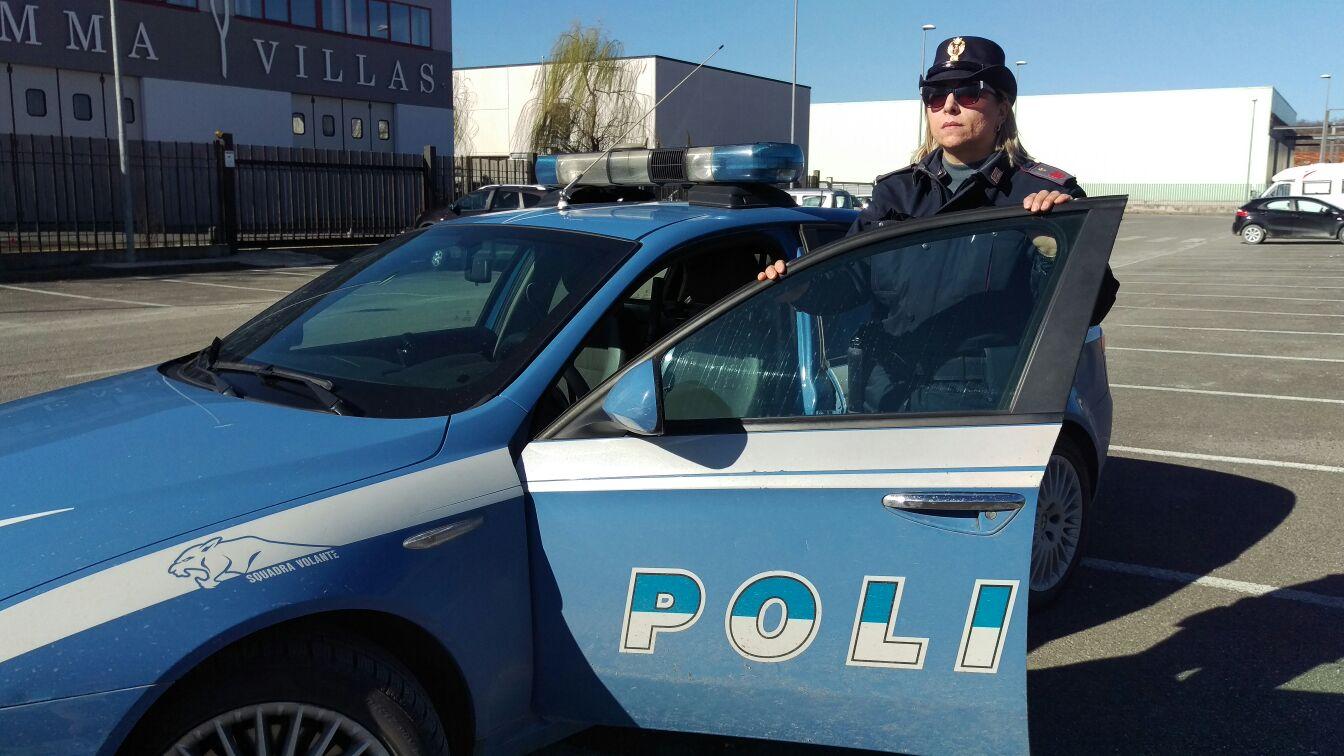 Polizia di stato stranieri rinnovo permesso di soggiorno for Polizia stato permesso soggiorno