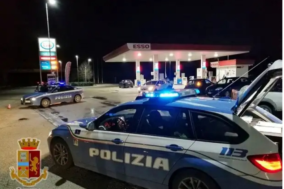 Ruba carburante: arrestato.