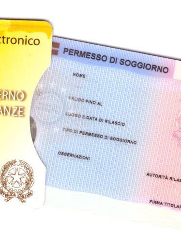 UFFICIO IMMIGRAZIONE: CONSEGNA STRAORDINARIA DI PERMESSI DI ...