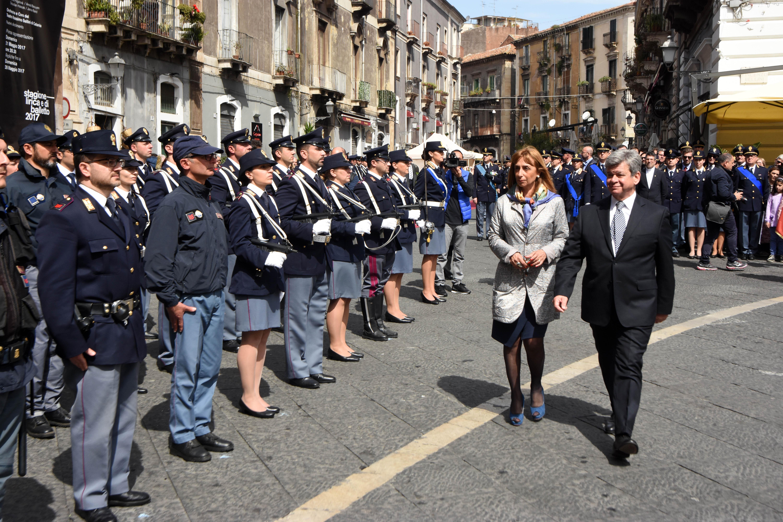 Polizia di stato questure sul web catania for Questura di ferrara ritiro permesso di soggiorno