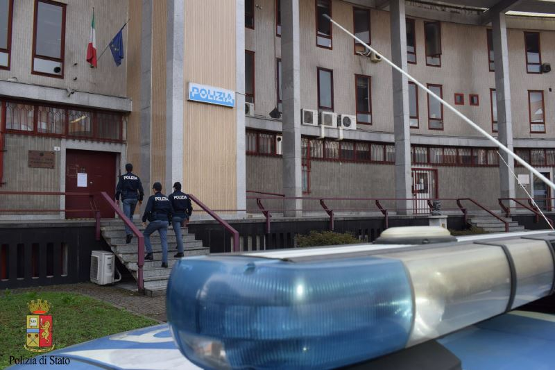 Commissariato di P.S. Gallarate –  Arresto per estorsione.
