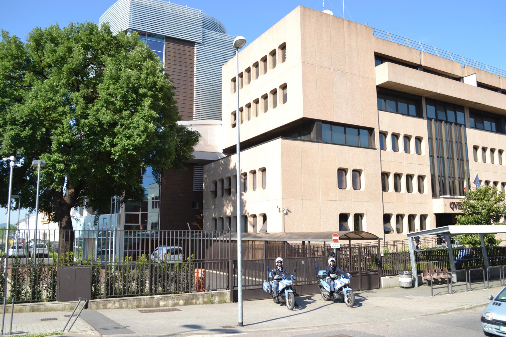 Polizia di stato questure sul web prato for Questura di ferrara ritiro permesso di soggiorno