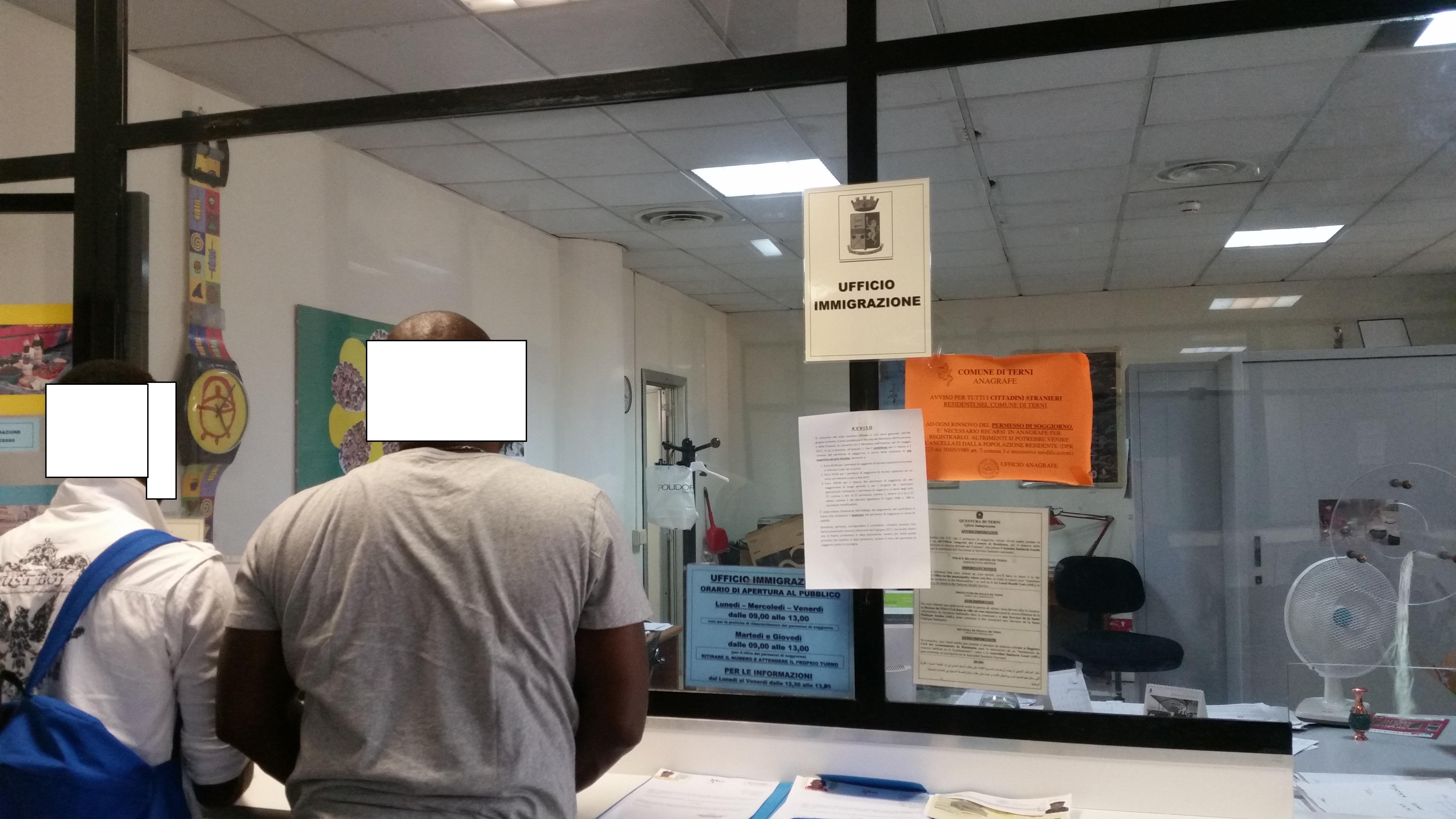 Chiede Il Ricongiungimento Familiare Ma Viene Arrestato Dalla Polizia Di Stato