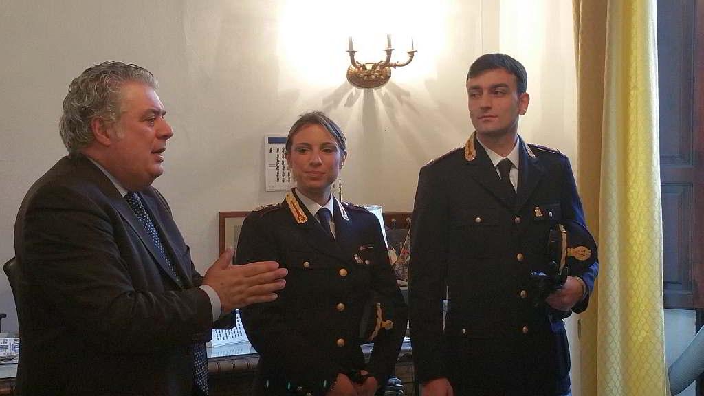 Due nuovi funzionari della polizia di stato alla questura for Questura di lucca permessi di soggiorno pronti