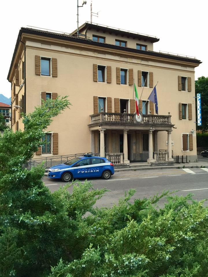 Questura di roma permessi di soggiorno 28 images for Polizia di stato permesso di soggiorno brescia