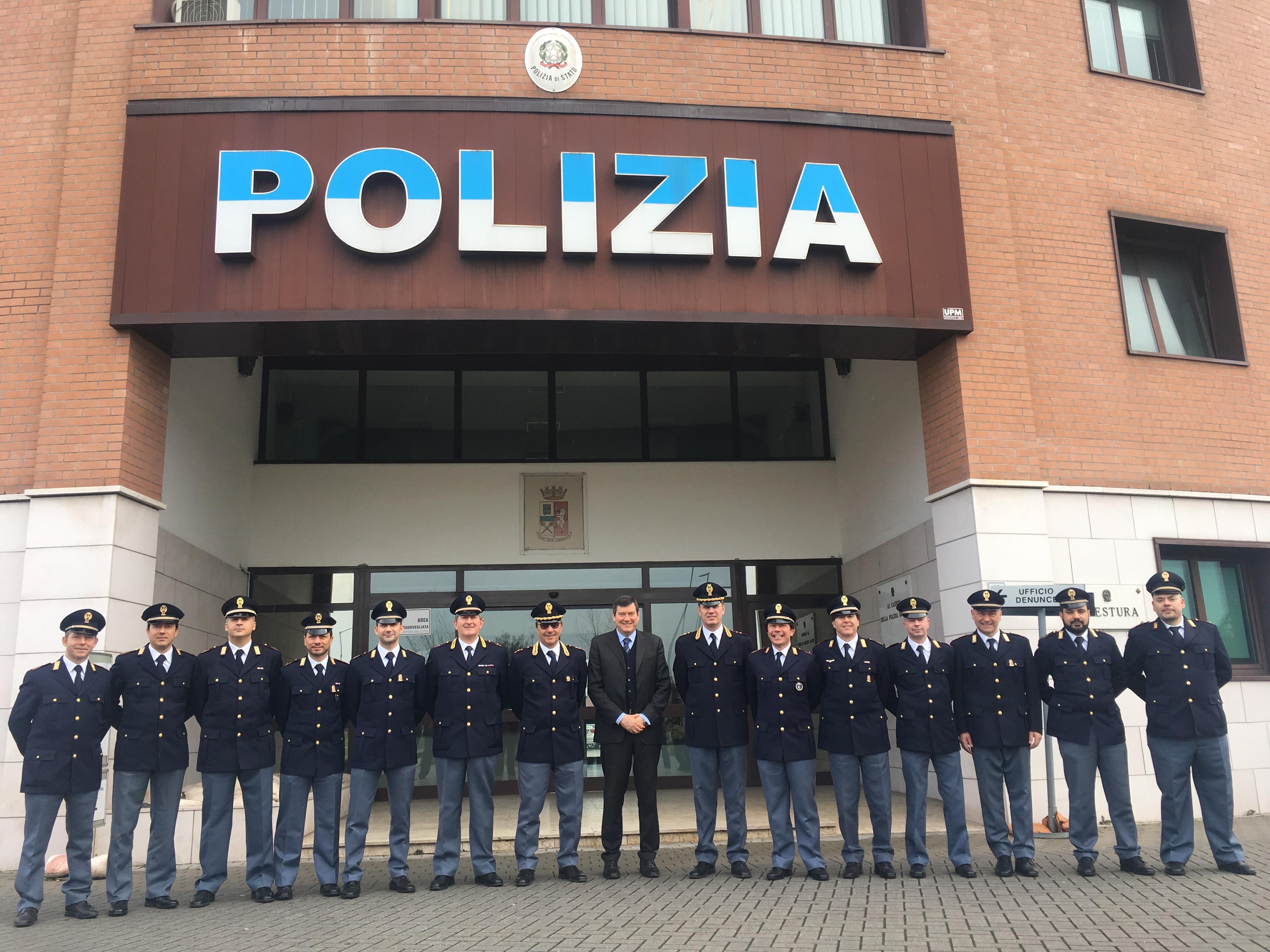 Ufficio Lavoro Modena : Modena l ufficio informazioni turistiche è in piazza grande