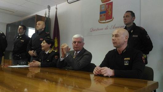 Emejing Questura Di Mantova Permessi Di Soggiorno Ideas - Idee ...