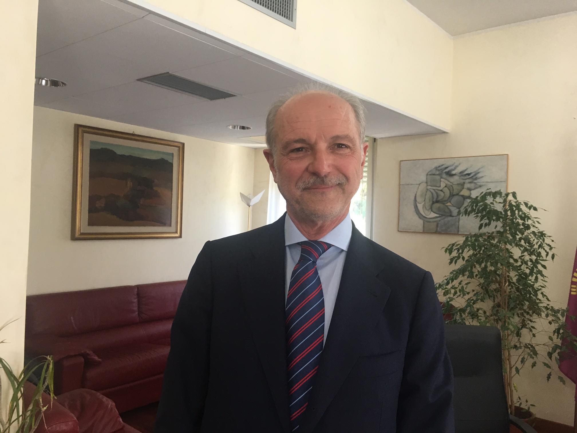 Questura Di Napoli Ufficio Stranieri Indirizzo: Milano permessi di ...