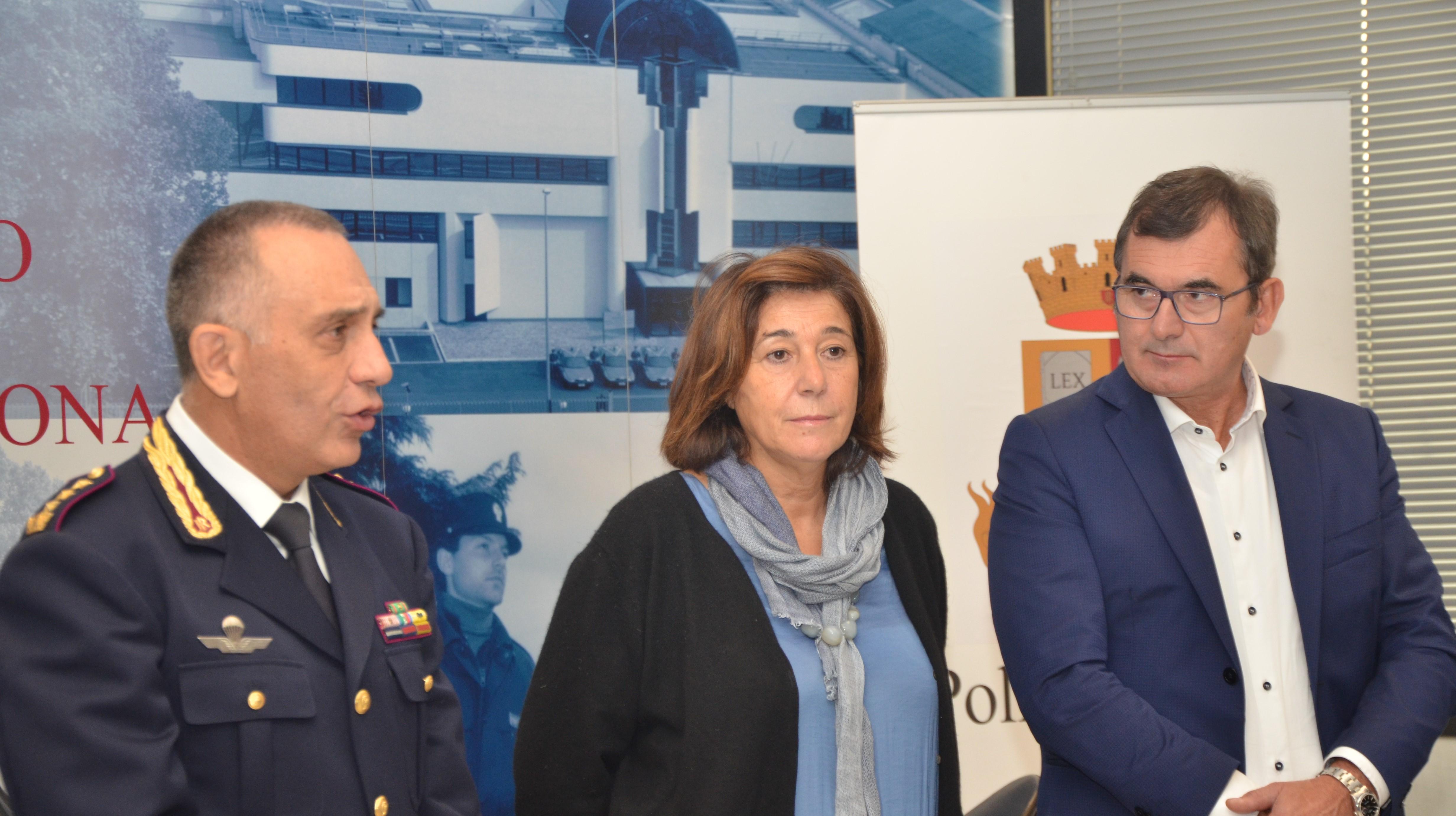 Polizia di stato questure sul web verona for Polizia di stato permesso di soggiorno
