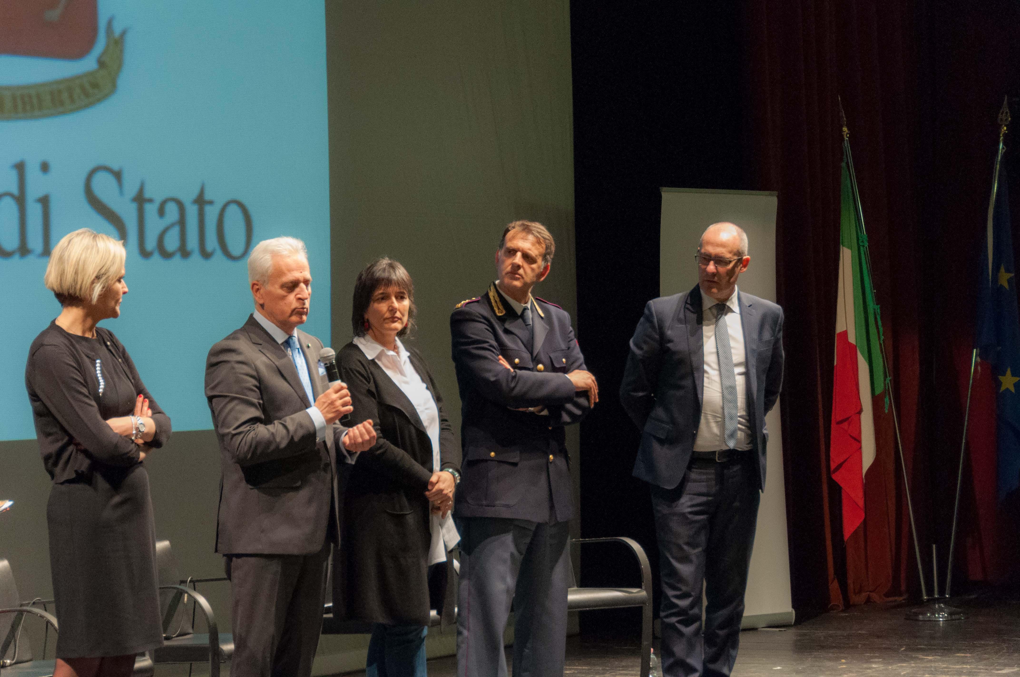 Awesome Questura Brescia Lista Permessi Di Soggiorno Photos - Idee ...
