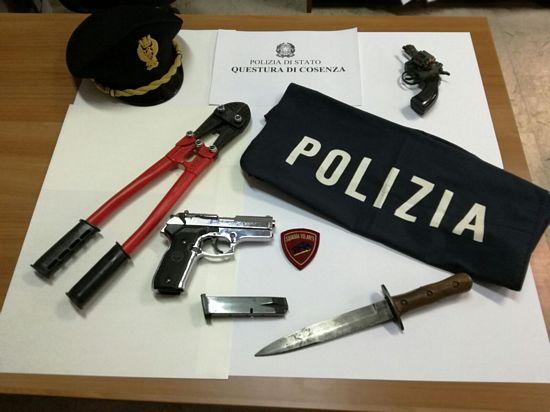 Operazione predator sgominata banda dedita ai furti in citt for Questura di cosenza permesso di soggiorno