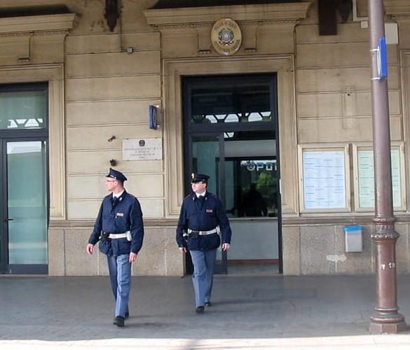 Questura udine permesso di soggiorno 28 images polizia for Polizia di stato torino permesso di soggiorno