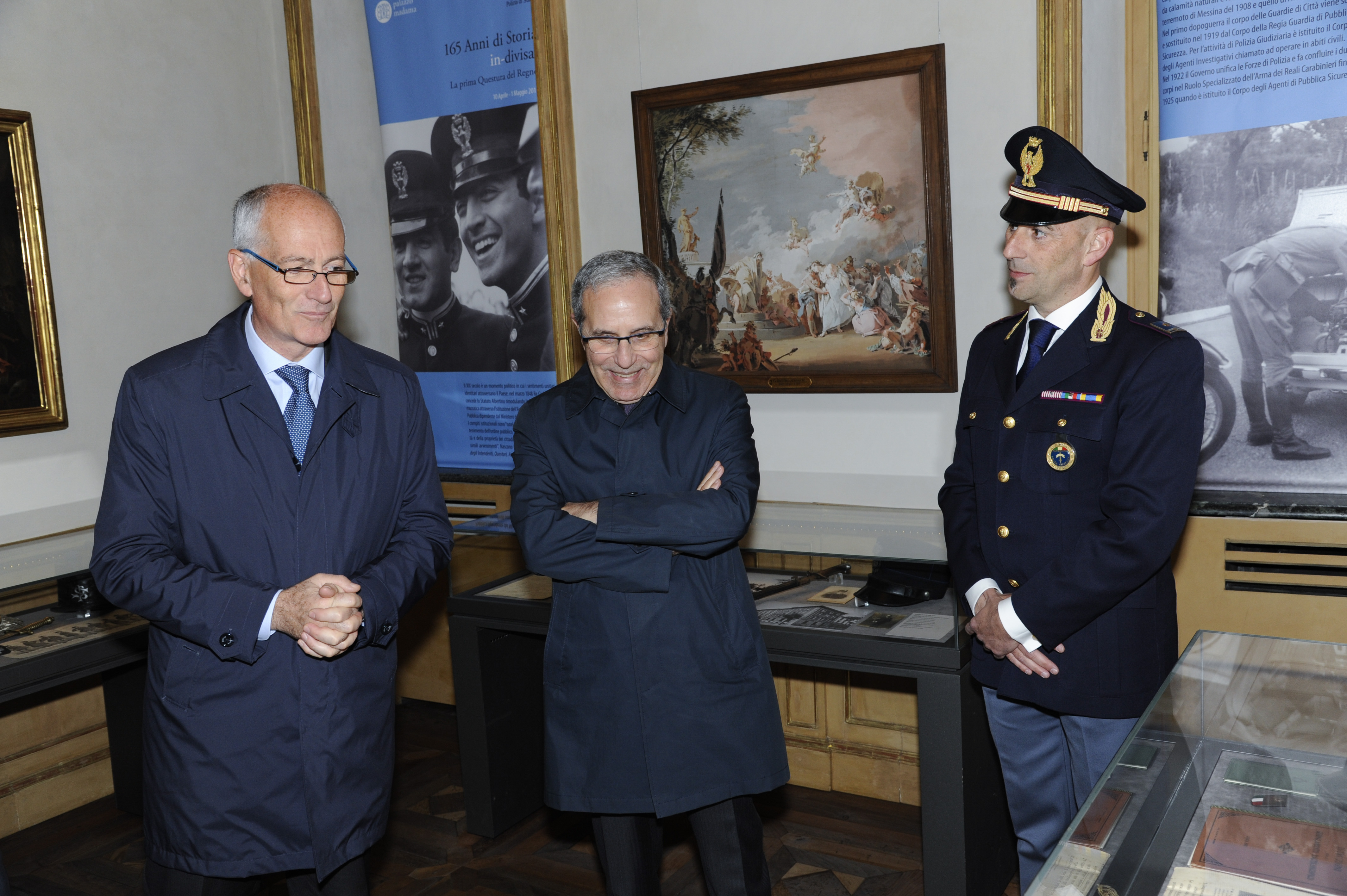 Torino la mostra 165 anni di storia in divisa presso for Questura di torino permesso di soggiorno pronto