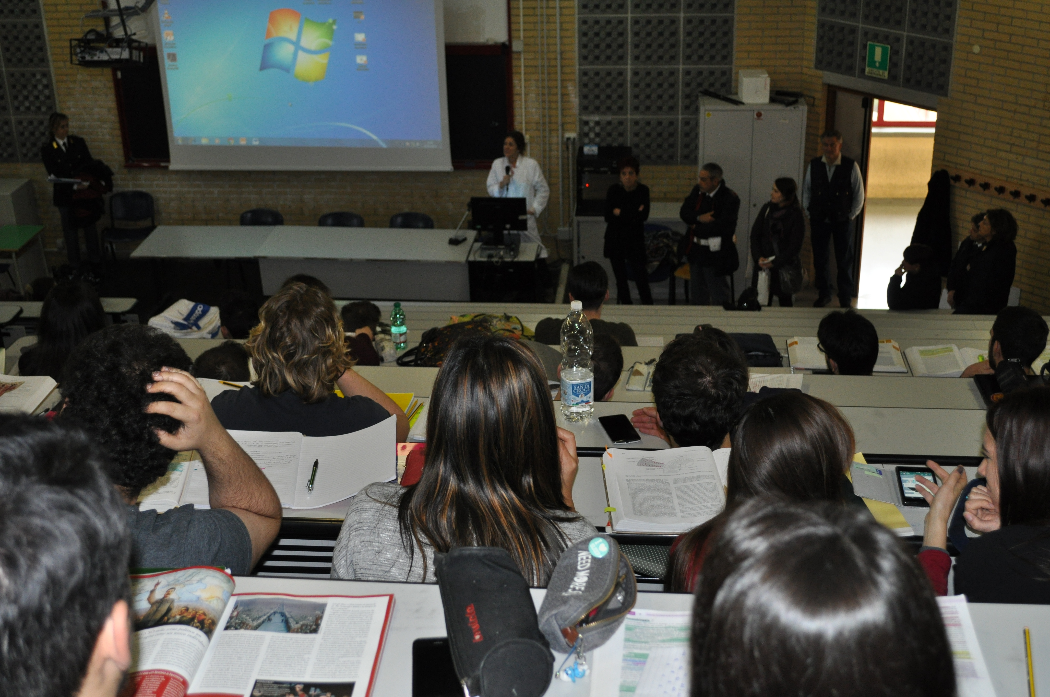 L'Aquila - incontra gli studenti dell'Università