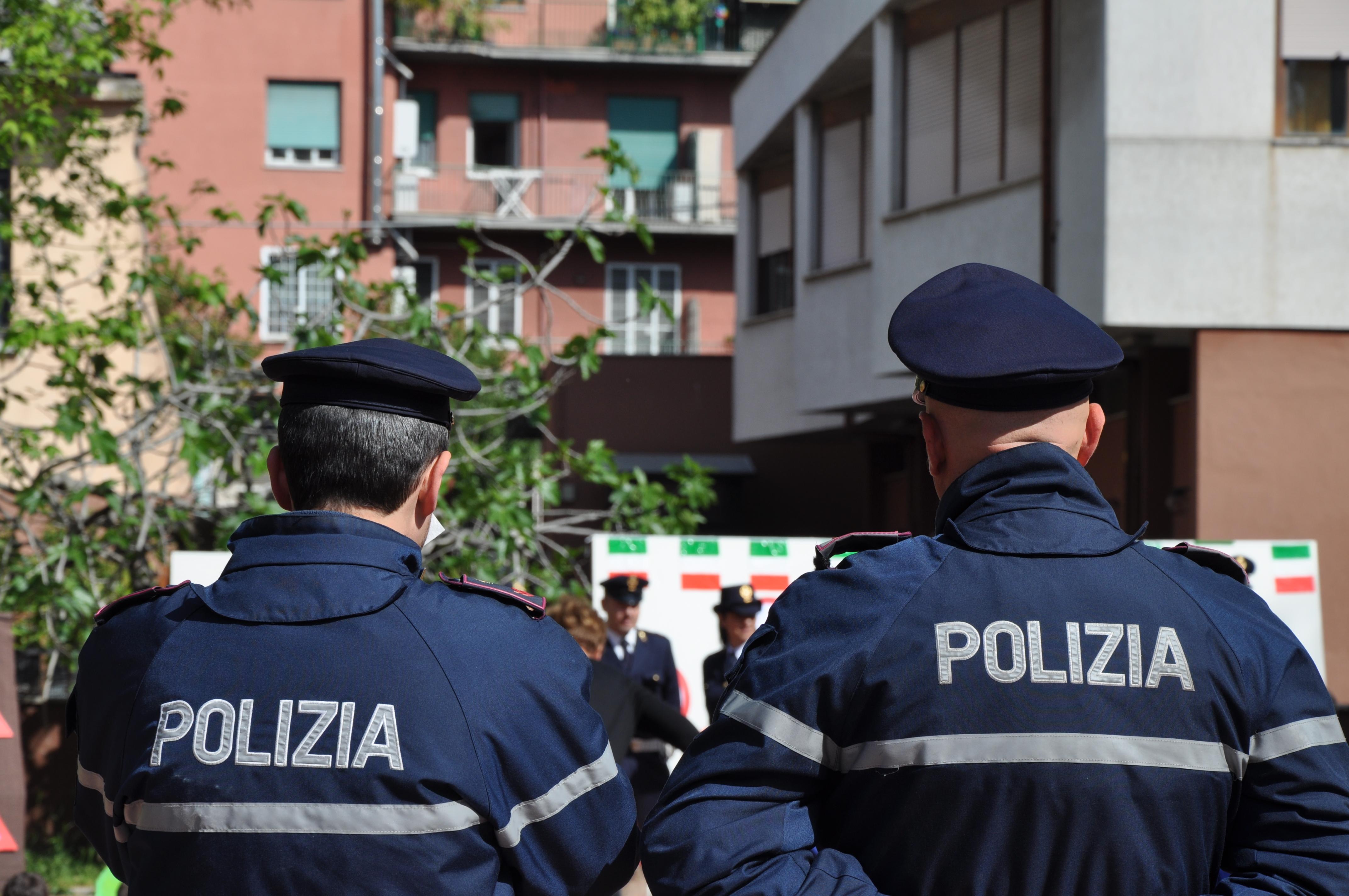 Emejing Questura Di Piacenza Permessi Di Soggiorno Pronti Ideas ...