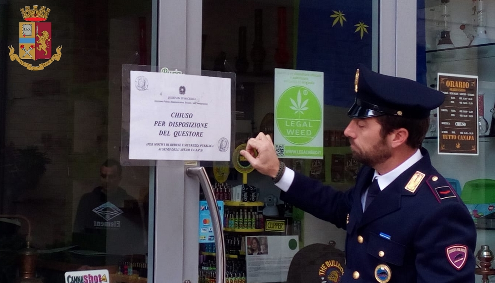 Questura di Macerata: disposta chiusura di due negozi di cannabis shop