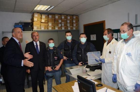Il Capo della Polizia Pansa incontra il personale della Questura ...
