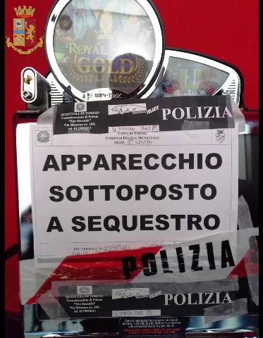 Torino: apparecchi da gioco messi sotto sequestro