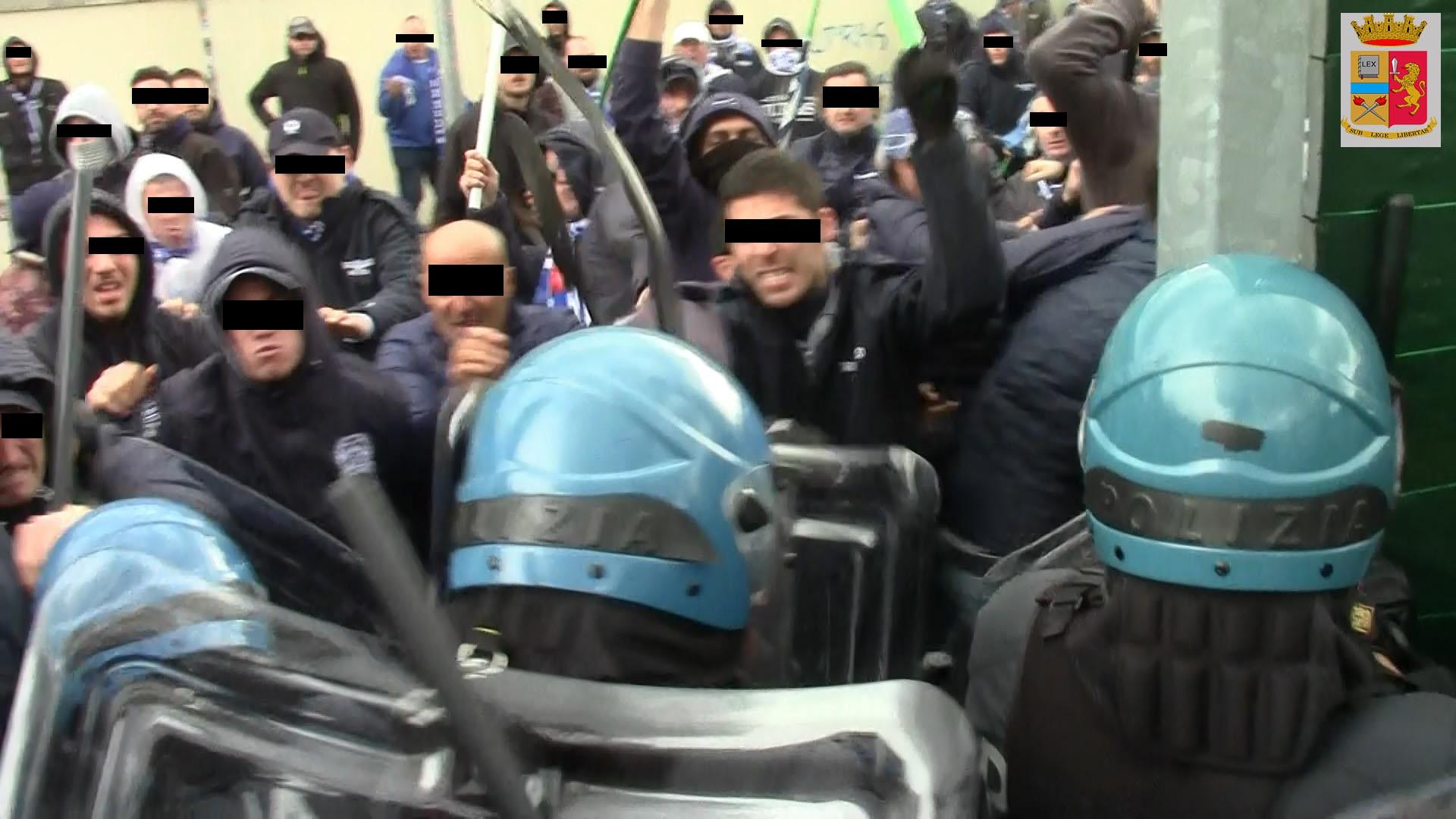 Vicenza polizia di stato denuncia 25 persone per gli for Questura di vicenza permesso di soggiorno
