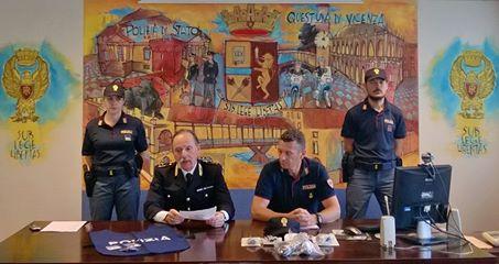 Vicenza arrestato pusher in campo marzo for Questura di vicenza permesso di soggiorno