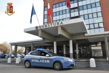 La Polizia di Stato sanziona giovane riminese per guida in stato di ebbrezza e inottemperanza alle normative anti-Covid