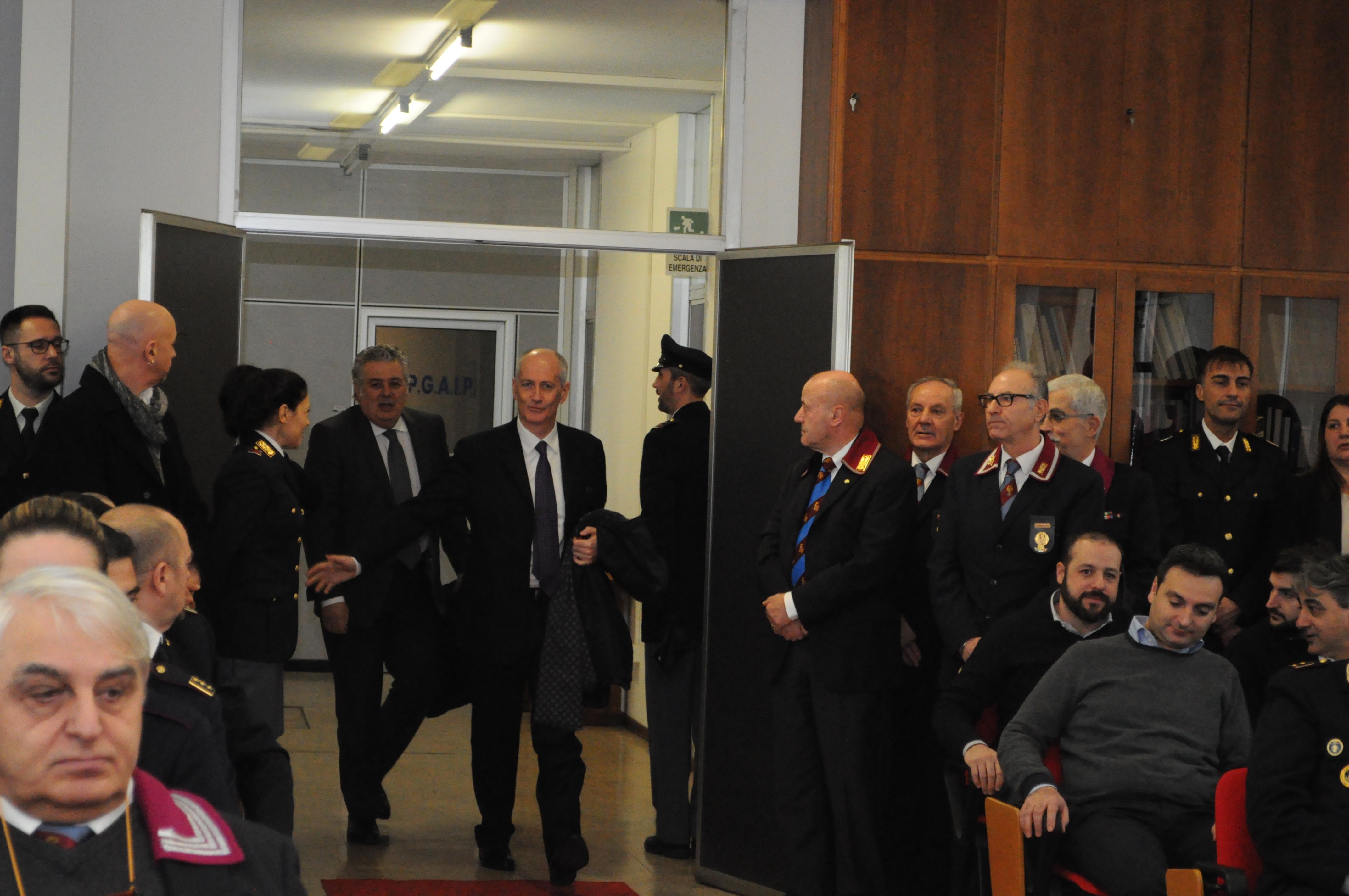 Il Capo della Polizia, Prefetto Franco Gabrielli, in ...